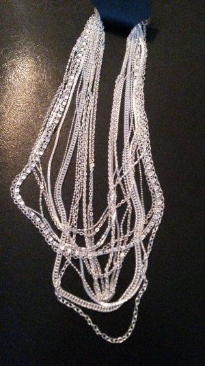 15 verschiedenen Halsketten neu