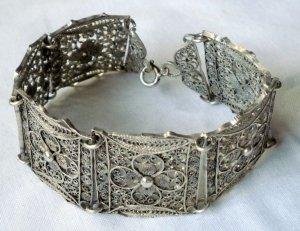 1910-1920er Jahre antikes Jugendstil Art Deco Armband Silber florales Muster filigranes Design Silberarmband