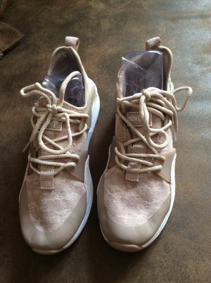 1994 Sneaker Gr 39 - ungetragen, beige altrosa