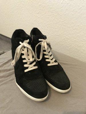 *1x getragen* Schwarze Wedge Sneaker