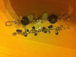 2 Armbänder mit Perlen