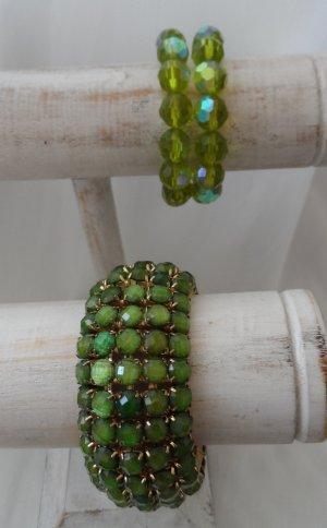 2 edle Armbänder und ein Armreifen grün