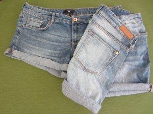 2 Jeans Shorts Gr. 42 und 40