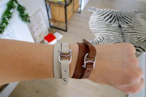 2 LUXUS Armbänder Set weiches Echtleder von AIGNER * Geschenkverpackung * NEU