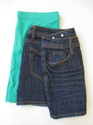 2 Miniröcke Jeans und Stretch