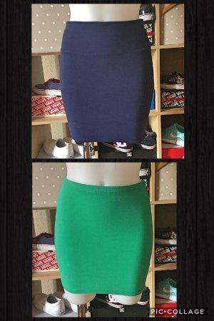 2 neue Stoffröcke Mini blau/ grün XS