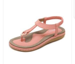 High-Heeled Toe-Post Sandals black