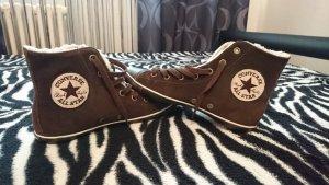 2 Paar Schuhe für einen Preis