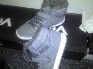 ! 2 Paar ! Victory Sneaker 41 grau und schwarz