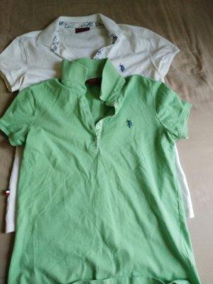 2 polo shirts zusammen