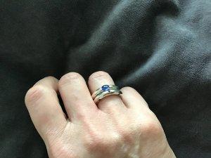 2 Ringe 925 Sterling Silber mit blauen Steinen
