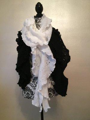 2 Schals schwarz und weiß S. Oliver Accessories