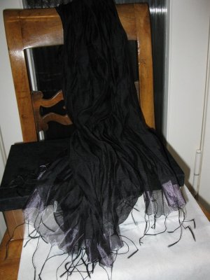 2 schöne schwarze Tücher/ Stolen