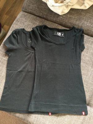 2 Shirts der Marke Esprit in schwarz