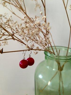 2 Stk Ohrhänger Beeren Rund, Fuchsia + Schmetterlinge, SIlberfarben