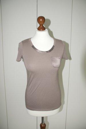 2 T-Shirts von Esprit mit Satindetails