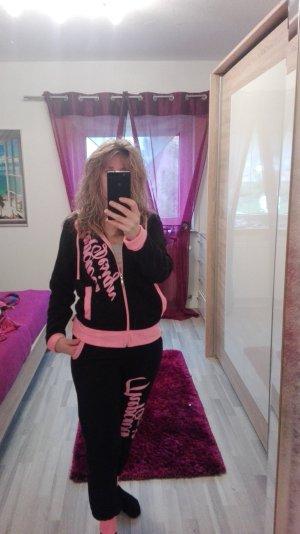 Leisure suit black-pink