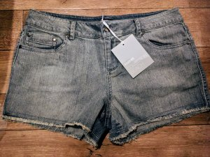 2x Hotpants Jeans Shorts Neu 40