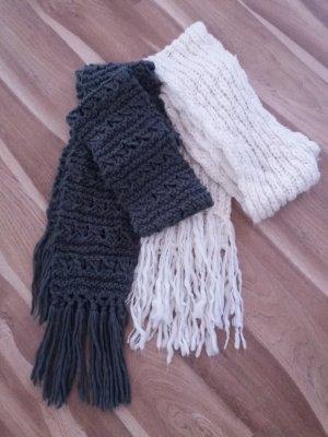 2x Schal Schals Strickschal weiß creme grau gut erhalten