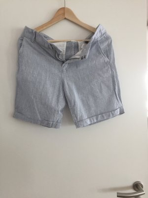 2x Short in jeansfarbe und gestreift