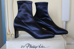 3.1 Phillip Lim Laufsteg Blade Sock Boots aus Stretch-Satin