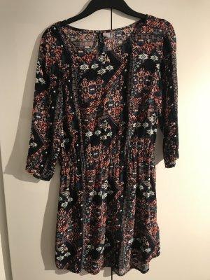 H&M Vestido estilo camisa azul oscuro-violeta
