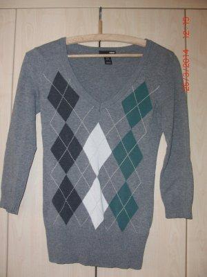 3/4 - Arm Pullover mit V-Ausschnitt