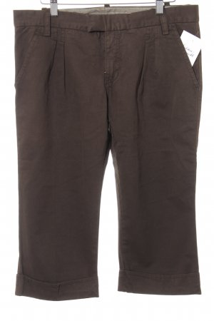 Pantalon 3/4 taupe style classique
