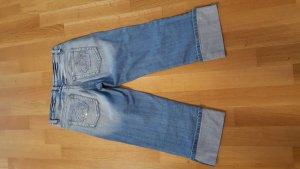 3/4 Jeans mit Glitzerkrone an den Taschen