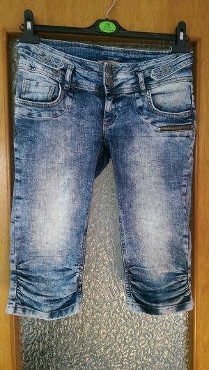 3/4 Jeans mit Taschen