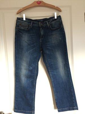 3/4 Jeans mit Waschung und leichtem Used-Look
