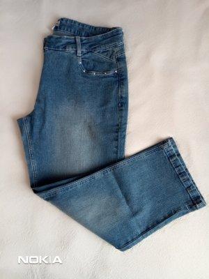 3/4 Jeanshose in Größe 40 *neu*