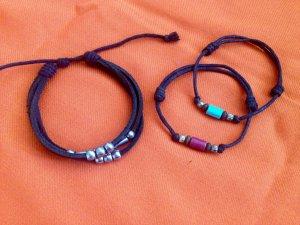 3 Armbänder schwarz Leder / Stoff