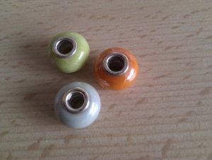 3 farbige Charms - hellblau, orange, hellgrün