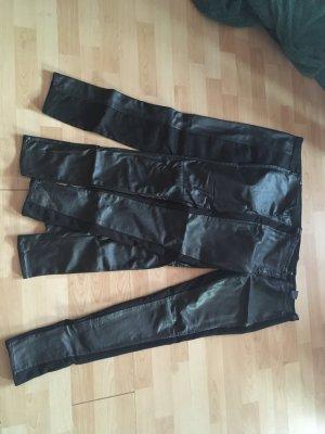 3 Hosen mit Lederoptik/ Materialmix Gr. 38