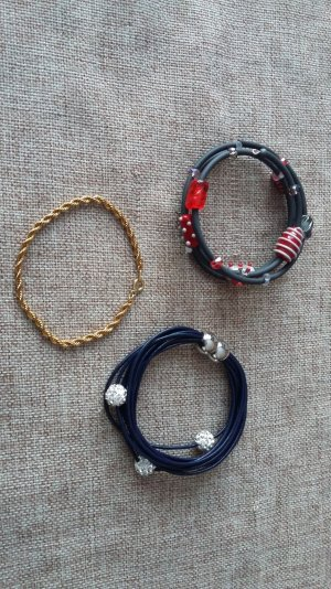 3 Modeschmuck Armbänder aus verschiedenen Materialien