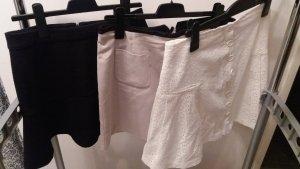 3 Röcke zum Preis von 1!!!, schwarz / weiß / Beige, Gr. 40 - 42