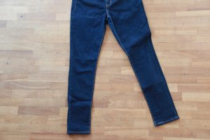 311 Shaping Skinny Jeans von Levi's