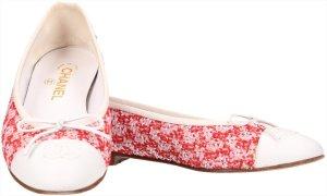 36817 Chanel Ballerinas aus Tweed und Lammleder in Weiss und Rot Größe 39