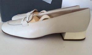 37 1/2 Bally Schuhe creme
