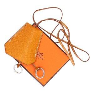 37669 Hermès lange Halskette Clochette aus Peru Port Leder in Caramel mit Box