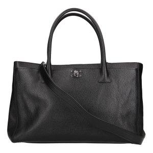 39767 Chanel Cerf Tote Handtasche aus Leder in Schwarz mit silberfarbenen Metallelementen