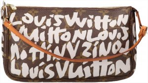 39857 Louis Vuitton Pochette Accessoires Monogram Graffiti Canvas Handtasche, Clutch