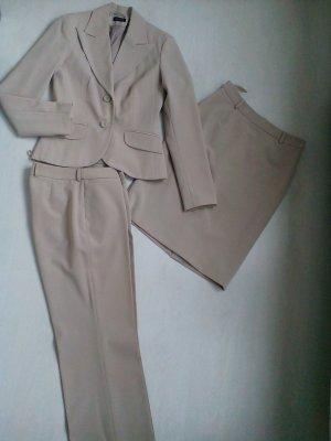 3tlg Kostüm/Hosenanzug in beige
