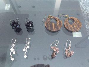 4 modische Ohrringe Sets