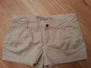 4 Shorts Gr. 36/S teilw. NEU! beige schwarz weiß Chino stretch Hotpants