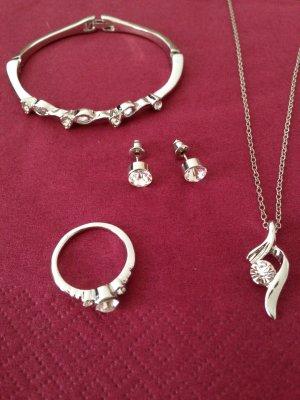 4 tlg. Schmuckset Kette / Ohrringe / Armreif / Ring Silber plattiert Zirkonia