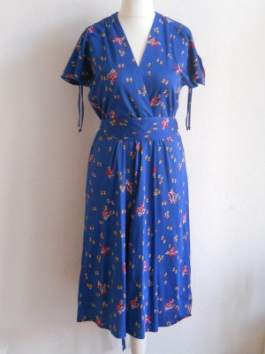 40/50er Jahre Vintage Kleid mit Streublumenmuster Gr. 40 - 42