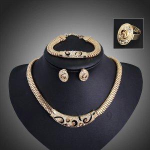 4tlg Schmuckset Halskette Ohrringe Armband Ring 18K Gold plt. Brautschmuck