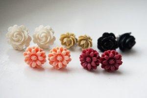 5 Paar Blumen-Ohrringe handgemacht
